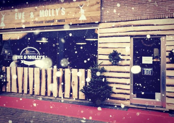eve & molly's kerst 2016.jpg